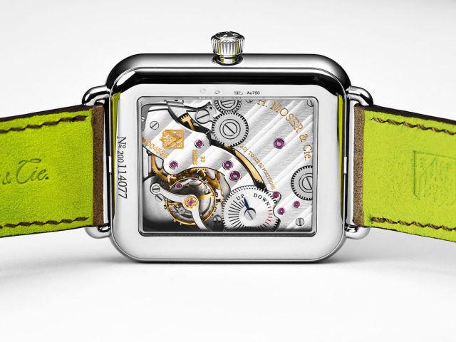 H. Moser Aplle Watch benzeri saat.